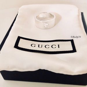 New Authentic Gucci Cut-Out G Logo Ring Size 8
